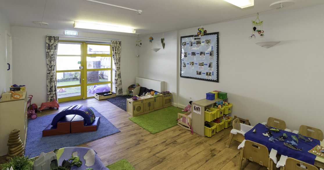 Busy Bees at Carshalton Beeches gallery photo 10