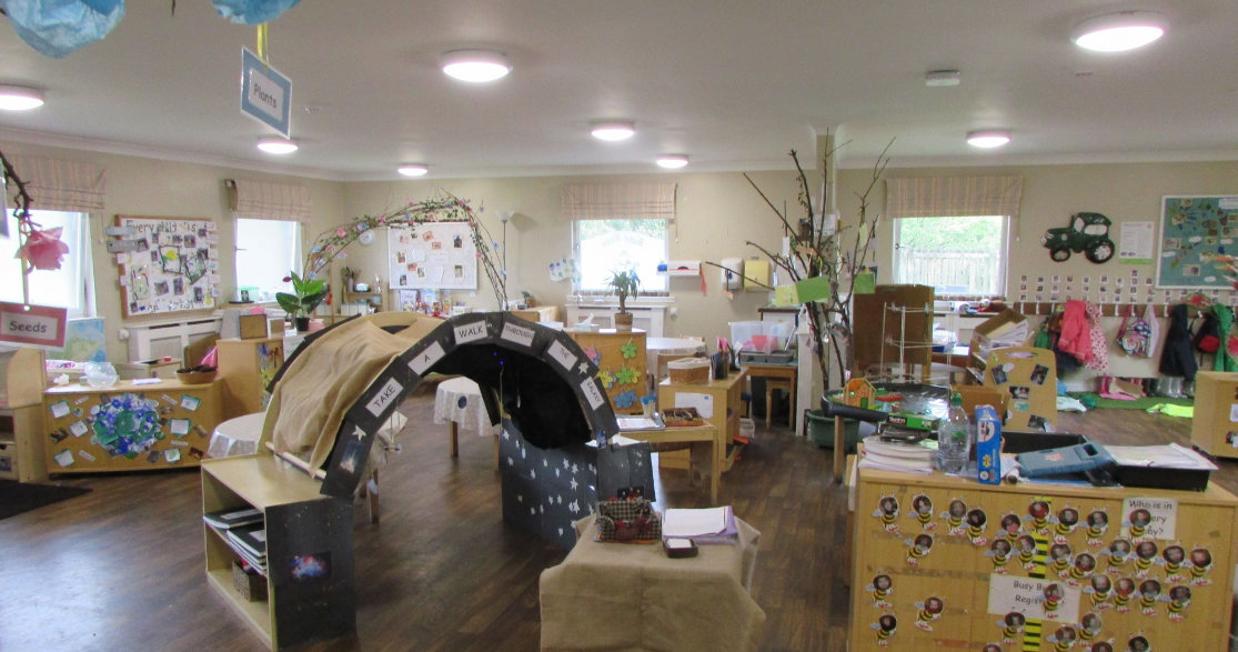 Busy Bees at Glenrothes gallery photo 5