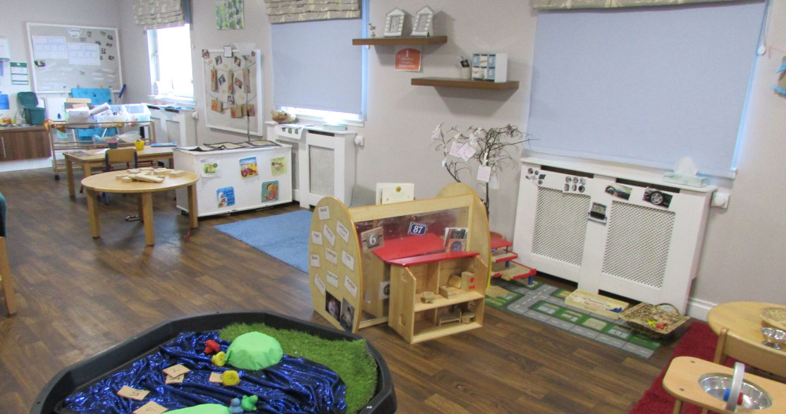 Busy Bees at Glenrothes gallery photo 6