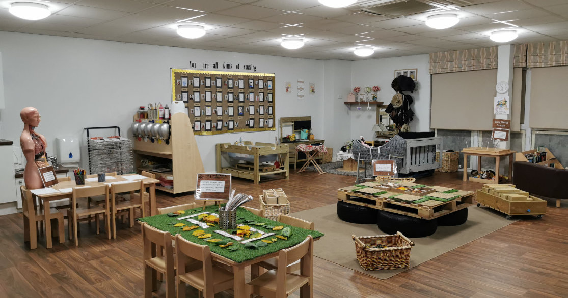 Busy Bees at Rainham gallery photo 4