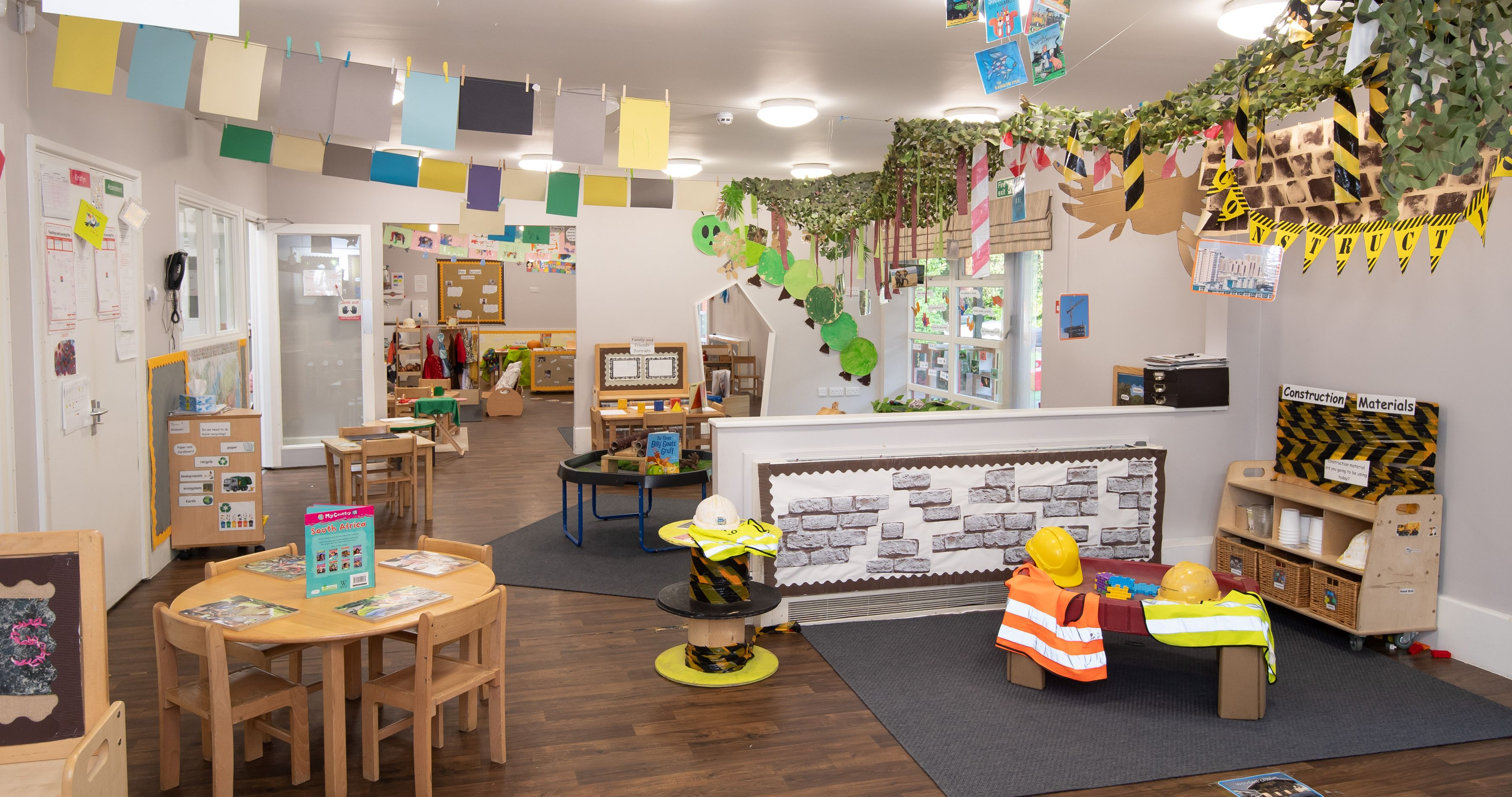 Busy Bees in Browns Wood gallery photo 4