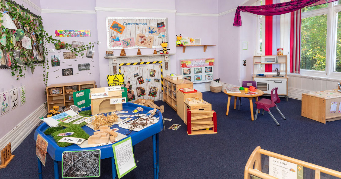 Busy Bees at Leicester City gallery photo 6