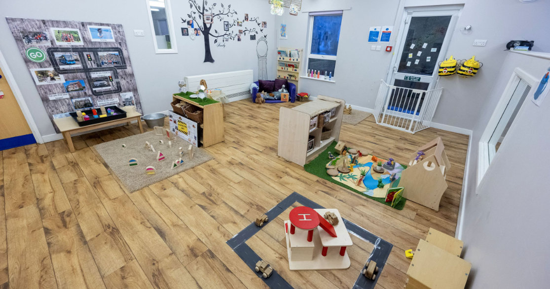 Busy Bees at Nottingham University gallery photo 3