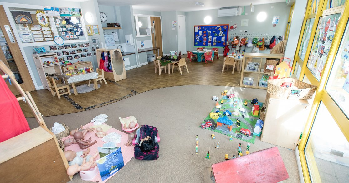 Busy Bees at Cheam Nonsuch gallery photo 7