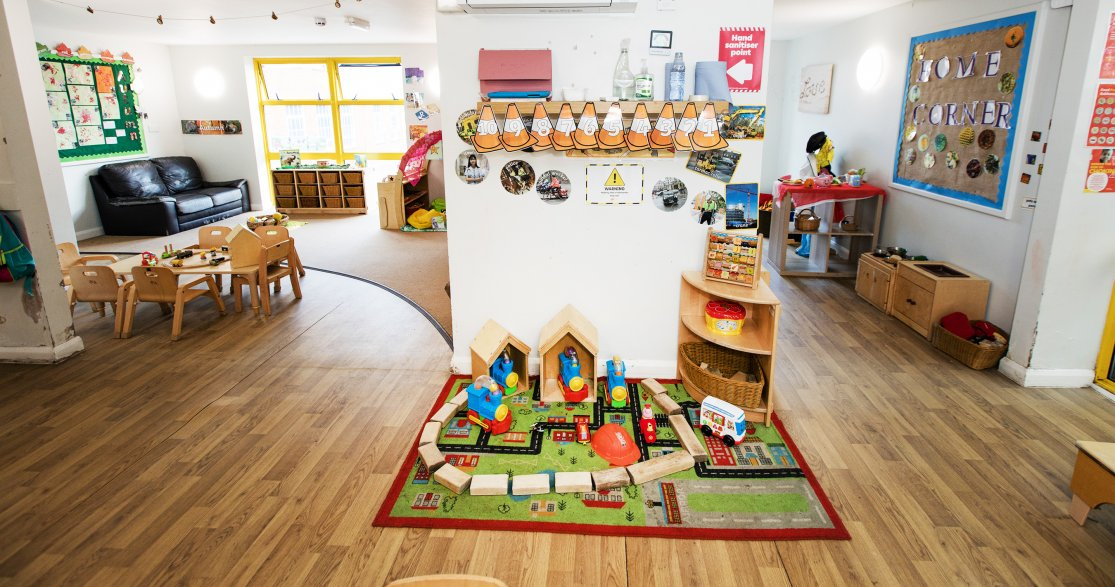 Busy Bees at Cheam Nonsuch gallery photo 9