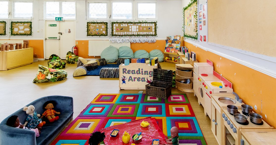 Busy Bees at Ealing 2A and 2B The Grove gallery photo 6