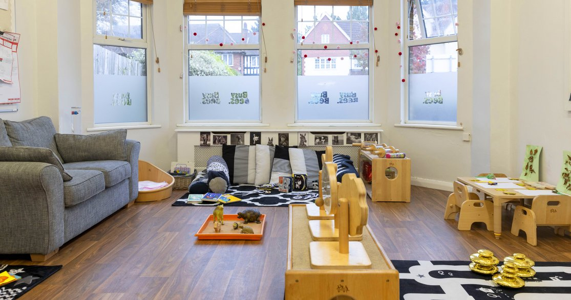 Busy Bees at London Mottingham gallery photo 5