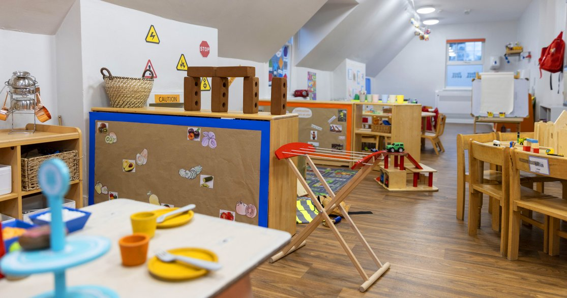 Busy Bees at London Mottingham gallery photo 11