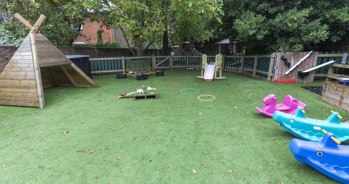 York House Day Nursery Salisbury gallery photo 11